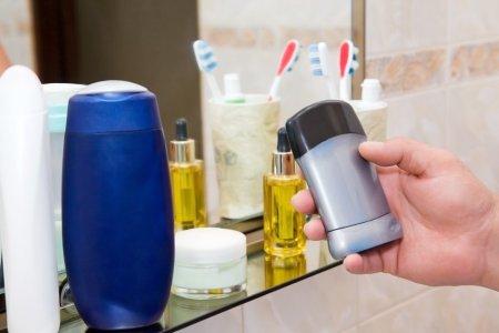 The Seven Best Deodorants for Men