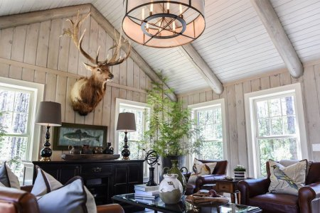 Cabin in the Woods Seek Chicagoans. Inquire Within.