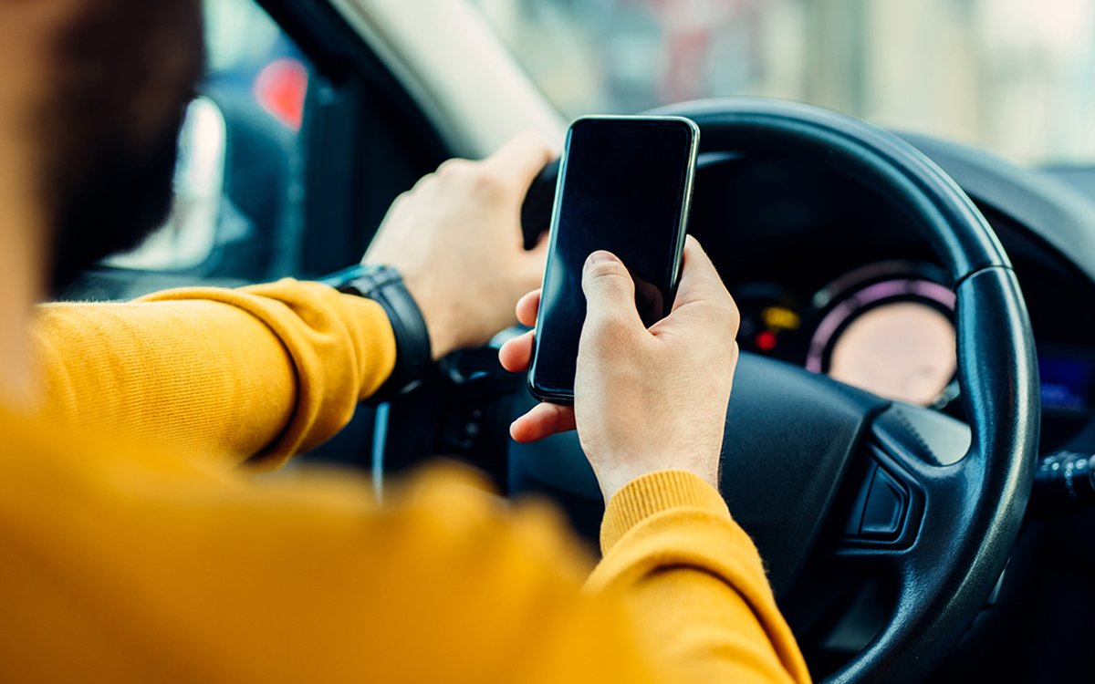 Here's the Scientific Proof No One Needed Re: Distracted Driving