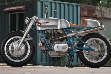 This Ducati 750 Replica Is the Closest You'll Get to the Real Thing