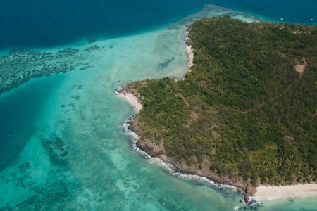 It's Time You Paid Fiji's 100% Solar-Powered Turtle Island a Visit