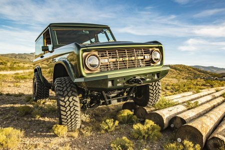 This Zombie Bronco Throws It Back to the Golden Era of SUVs
