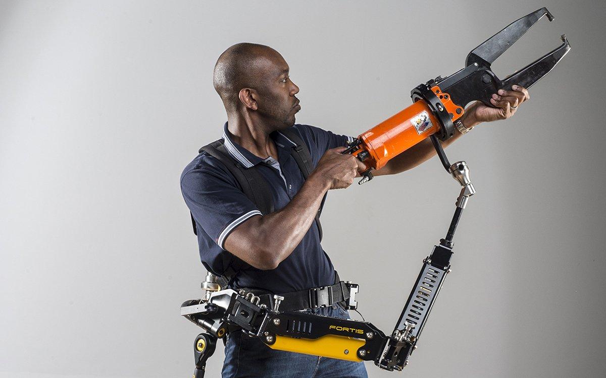 Lockheed Martin's Exoskeleton Arm Is Old Man Strength, Roboticized