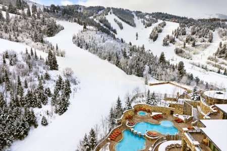 The St. Regis Deer Valley Wants to Make a Winter Olympian of You