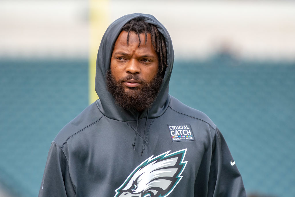 PHILADELPHIA, PA - OCTOBER 07: Philadelphia Eagles defensive end Michael Bennett (77) during the National Football League game between the Minnesota Vikings and the Philadelphia Eagles on October 7, 2018 at Lincoln Financial Field in Philadelphia, PA. (Photo by John Jones/Icon Sportswire via Getty Images)