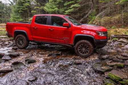 The Chevy Colorado ZR2 Is a Truck Built for One Thing: Fun