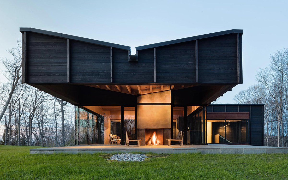Stunning Lake Michigan Home Is a Paragon of Sustainable Design