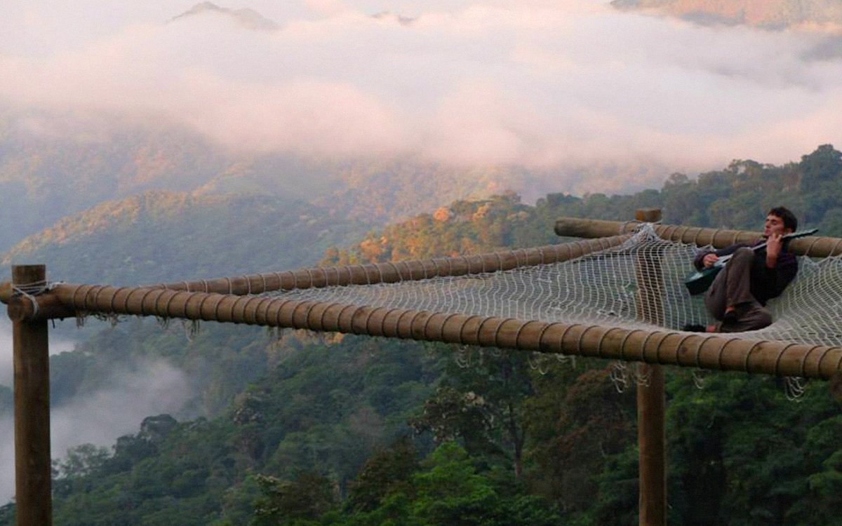 Among This Hostel's Amenities: A 20-Person Clifftop Hammock