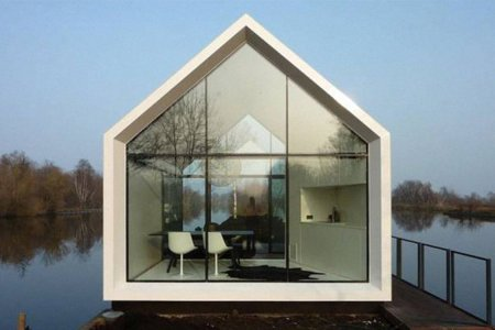 This Little Glass Cabin Cuts Corners in the Best Way Possible