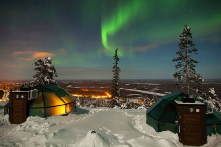 Of Course You Want to Watch the Northern Lights From a Glass Igloo