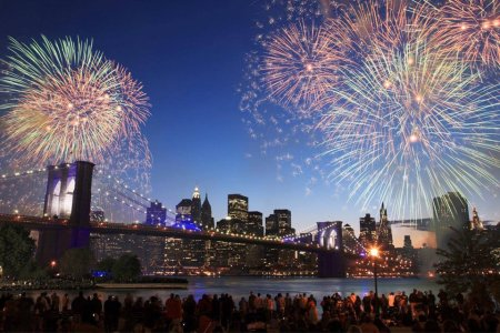 The Seven Best Vistas for Fireworks-Watching, Period