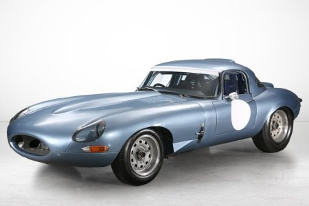Clean Your Garage. This 1962 Jaguar E-Type Wants to Move In.