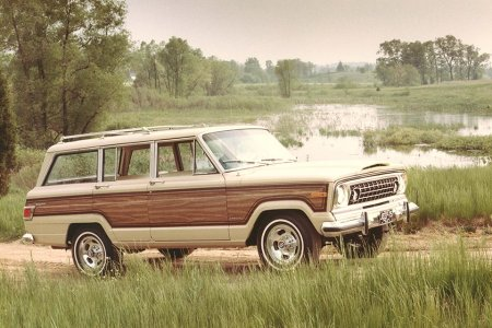 Would You Pay Range Rover Prices for a New Jeep Wagoneer?
