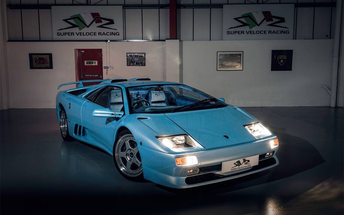 Ice-Blue Lambo Is the Only One of Its Kind, Needs New Owner