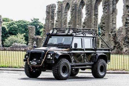 Out of 10 Land Rovers Made for 'Spectre,' Only One Survived