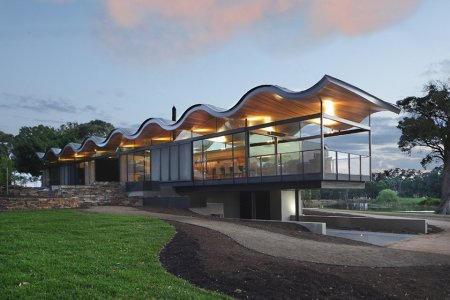Today in House Porn: The Ultimate Wave Roof