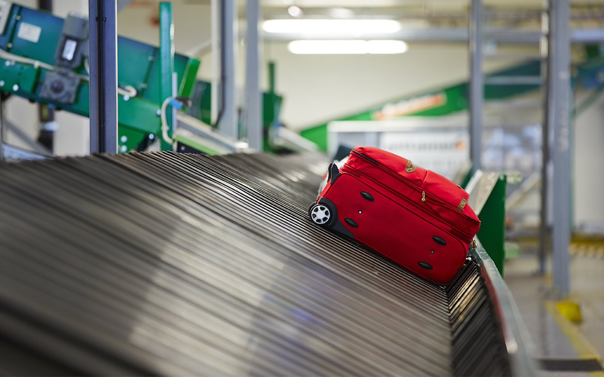 Airlines Are Losing Fewer Bags Thanks to You