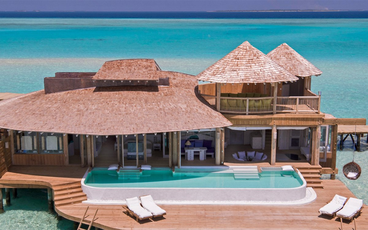 Private-Island Villas Are Standard-Issue at This New All-World Resort