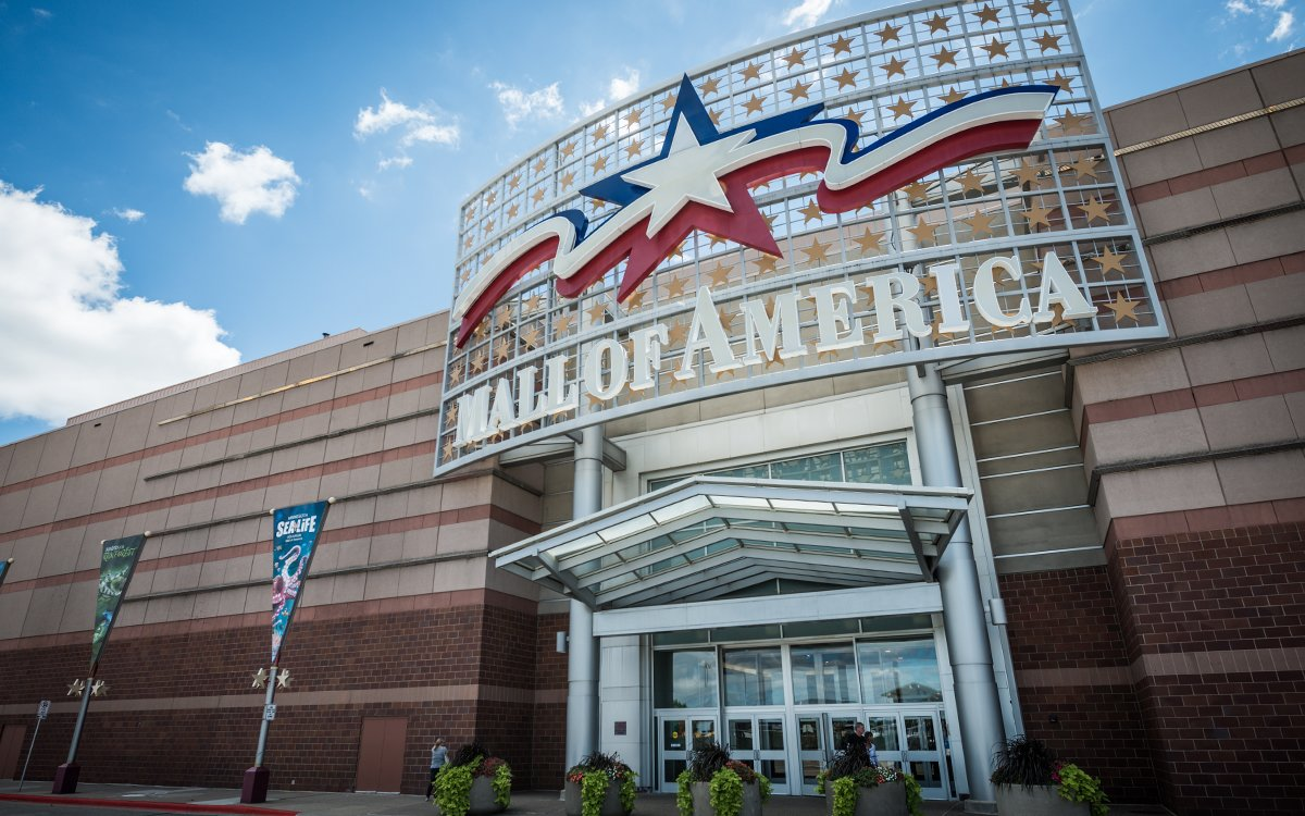 The Mall of America Is Taking Thanksgiving Off. So Should Everyone.