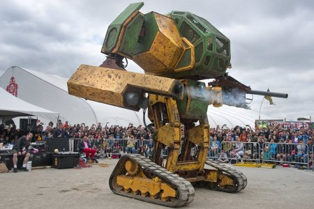 Meet the Beautiful Dreamers Behind the Real-Life Giant Humanoid Robot War