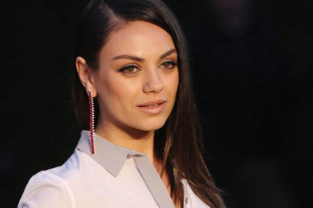 Mila Kunis, Planned Parenthood and the Dumbest Protest of 2017
