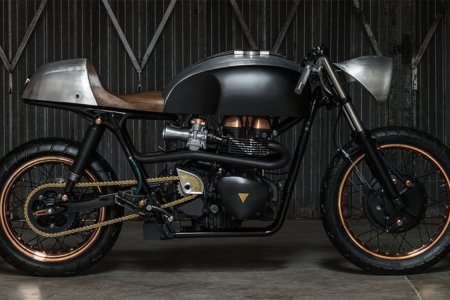 This New Beast of a Motorcycle Honors Hunter S. Thompson