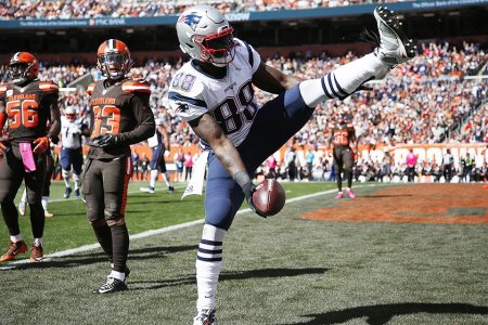 Tell Us How You Really Feel About the NFL's Celebration Rules, Martellus