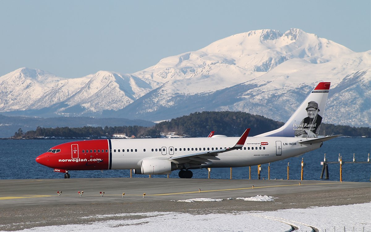 """Norwegian Air's """"Free Shipping"""" Deal Lets You Ship Yourself to Europe"""