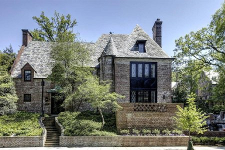 Wanna Take a Tour of the Obamas' New $6.4 Million Home?