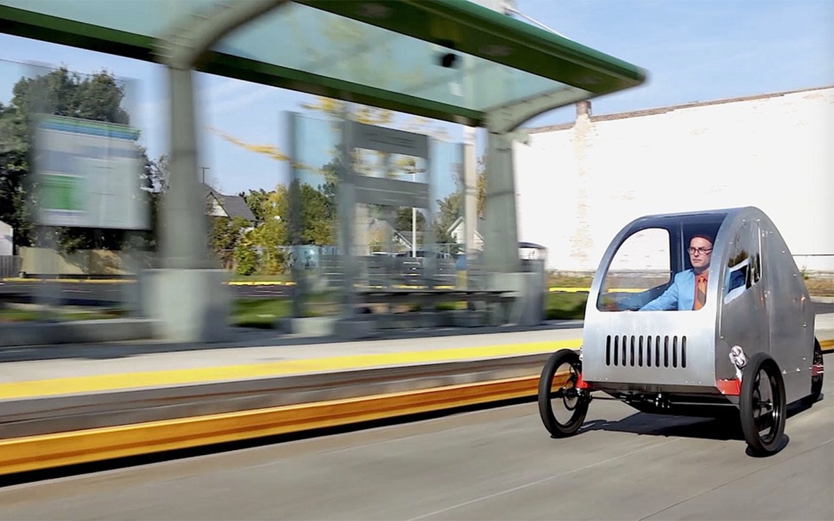 "Can This Three-Wheeled ""Moped"" Help Break the Automotive Industrial Complex?"