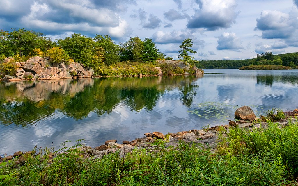 The Five Best Swimming Holes Near NYC - InsideHook