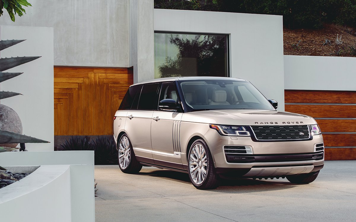 Land Rover Just Reinvented the Back Seat