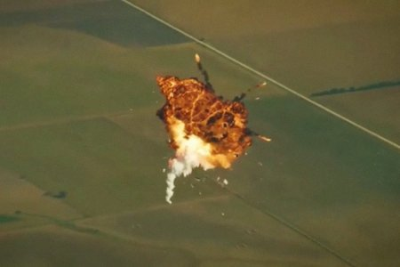 Elon Musk Made a Blooper Reel of All of SpaceX's Failed Landings