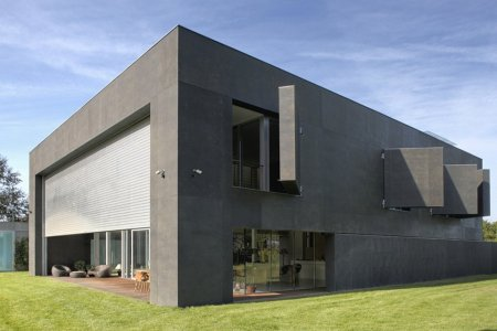 Concrete Safe House Keeps You In, the Zombies Out