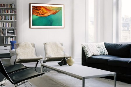 Samsung's New 'Frame' TV Becomes a Piece of Art When It's Not in Use and You Can Buy One