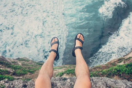 Take Off Those Sandals at Once!