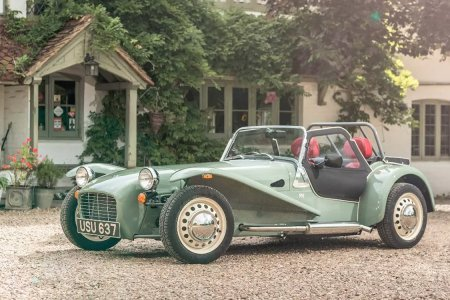 Decades Late, This Gorgeous Roadster Makes a Stunning Debut