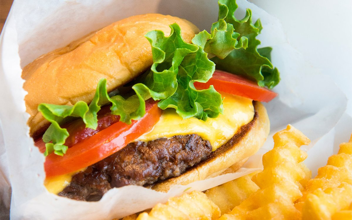 Shake Shack Would Like to Put a Free Burger in Your Maw
