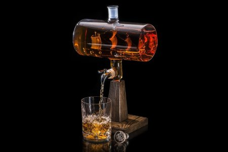 A Whiskey Decanter That'll Put You Three Sheets to the Wind