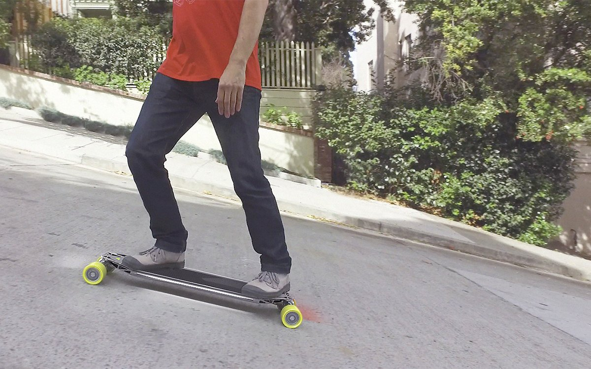 This Is a 4WD Electric Skateboard. It Climbs Things.