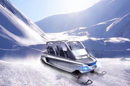 Oh Hey, Look: A Canadian Minivan