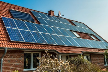 Google's New Toy Tells You Exactly How Much Money a Solar Roof Would Save You