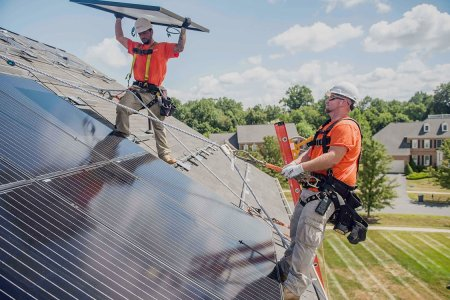 How to Convince Your Fellow Americans That Solar Jobs Trump Coal Jobs