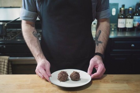 Some Dude Just Figured Out the Recipe for Chef's Chocolate Salty Balls