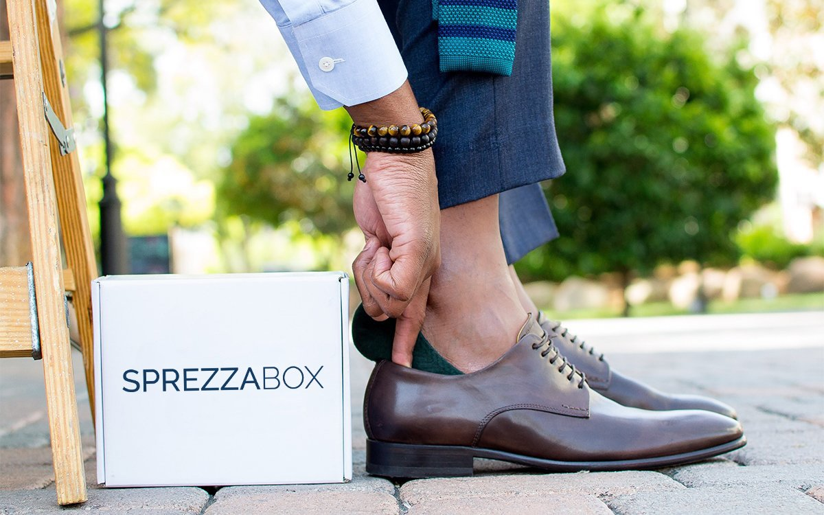 Will a Monthly Subscription Box Really Improve Your Wardrobe?