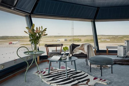 Defunct Air Traffic Control Tower Now a Mad Men-esque Hotel Room