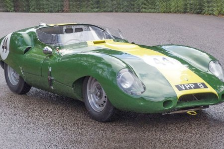 Some Mad Geniuses Are Reviving Classic Jags; Here's the Latest
