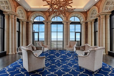 7 of the Snazziest Chicagoland Pads Currently on the Market