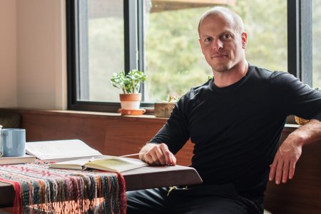 Tim Ferriss and His Brilliant Friends Can Make Your Life Easy
