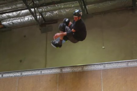 48-Year-Old Skater Who Invented 900 Can Still Do 900s, Apparently